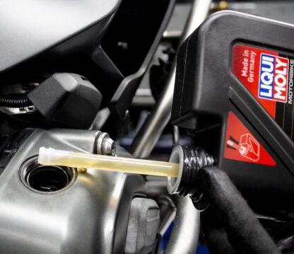 Cambio de aceite de motor a domicilio BMW Motorrad